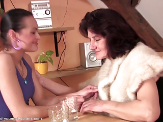 Sexy old granny seducing young girl