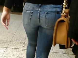 damn nice booty