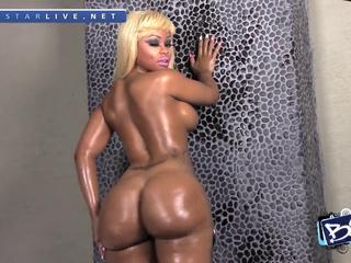 Blac Chyna - The Biggest Twerking