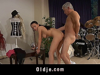 Young girls dances dirty with oldman
