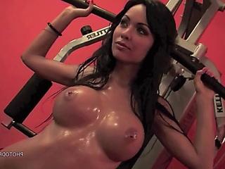 Top gym, Adrienne Levai