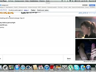 Omegle. Canadian legal age teenager shows her body. DOXY