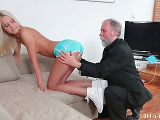 Youthful young slut with worthy arse can't live without when older chap licks her wet crack