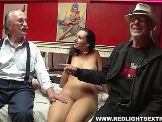 Elder stud spends some pension specie to eat a hooker's gap
