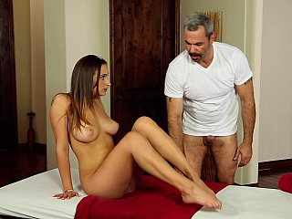 Old masseur and a sexy chick